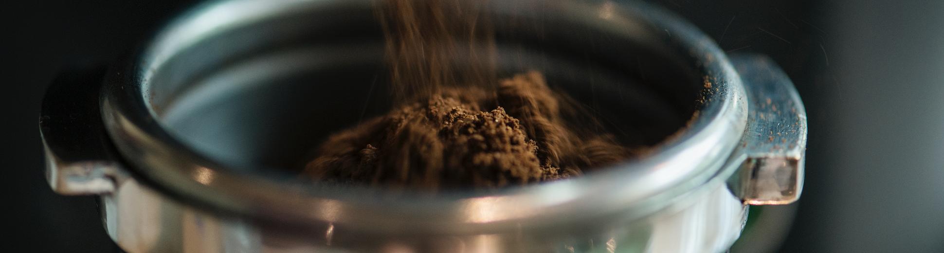 Kaffeesatz, wenn der Küchenabfluss stinkt